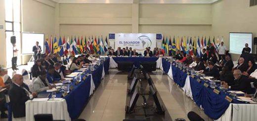 Celac inició reunión extraordinaria sobre Venezuela | Foto: @Ernesto_teleSUR
