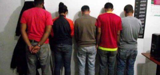 Los colectivos se transportaban en una ambulancia | Foto: @hcapriles