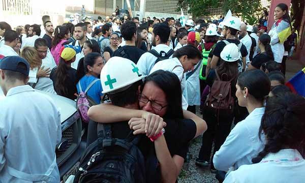 Universidad del Zulia se declara en luto activo por muerte de Paul Moreno | Foto: Twitter