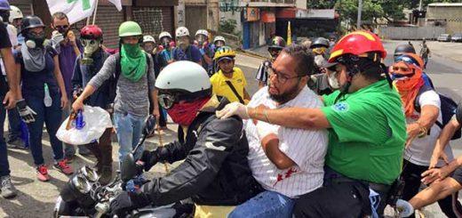 Hirieron de bala a dirigente de Voluntad Popular durante represión en Bello Monte | Foto: @CarlosPaparoni