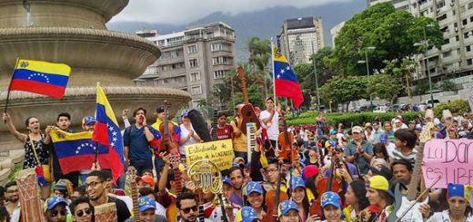 Músicos rindieron homenaje a los caídos durante las protestas |Foco: Caterina Valentino
