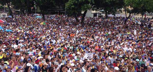 Venezolanos participan a marcha opositora este #19Jun |Foto: La Patilla