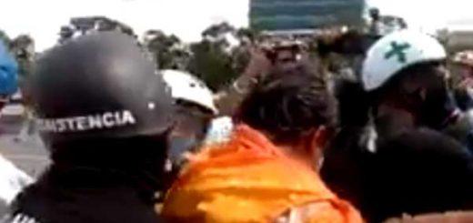 Diputado Carlos Paparoni herido en la cabeza durante represión en la Francisco Fajardo | Captura de video