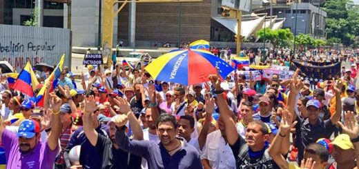 Carlos Ocariz encabezó marcha que salió desde Petare |Foto cortesía