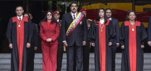 Nicolás Maduro junto a los magistrados del TSJ  Foto: Getty Images