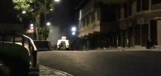 GNB saquea local en Los Teques | Foto: Captura de video
