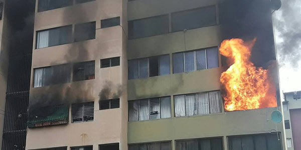 Incendio en apartamento Parque las Américas, Mérida   Foto: Twitter