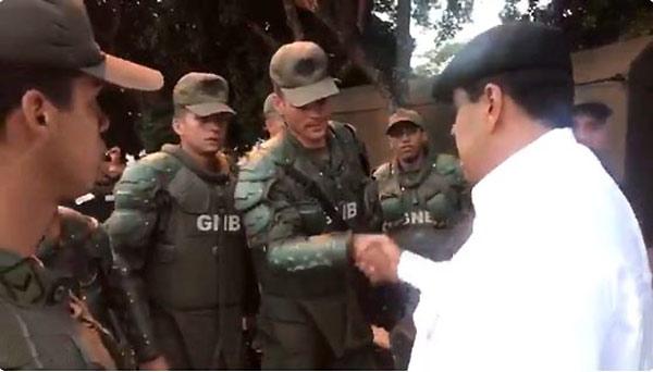 Nicolás Maduro con GNB   Foto: Captura de video