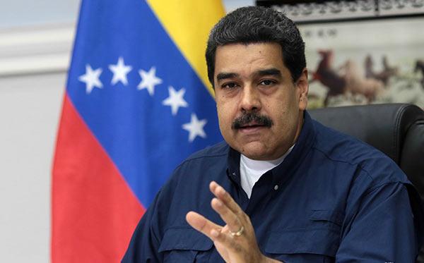 """Resultado de imagen para Maduro propone que """"guarimberos"""" construyan obras en GMVV"""