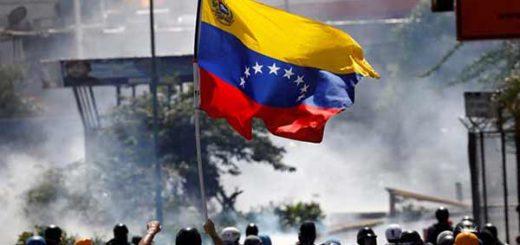 Obispos cubanos abogan por la legalidad constitucional en Venezuela | Foto: Reuters