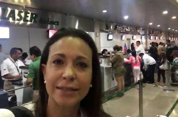 Impidieron a María Corina Machado abordar avión a Margarita | Captura de video