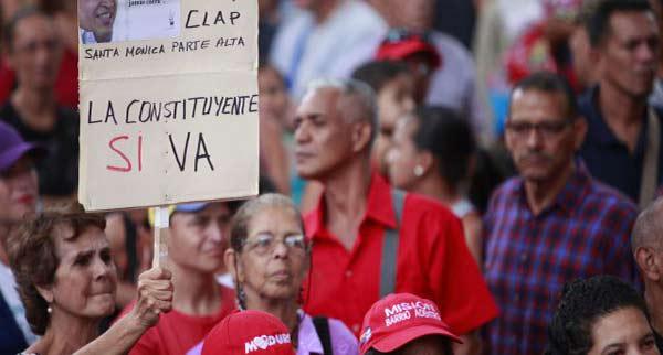 Oficialismo marcha hoy| Foto: Referencial