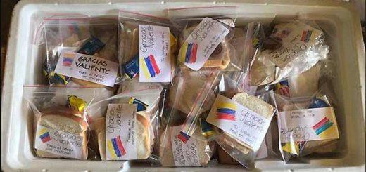 donaciones de refrigerios para manifestantes en Venezuela | Foto: @sinmordaza