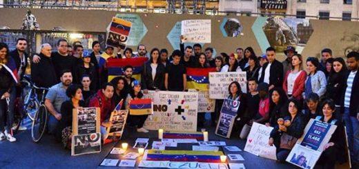 Venezolanos protestan en Francia | Foto: Sin Mordaza