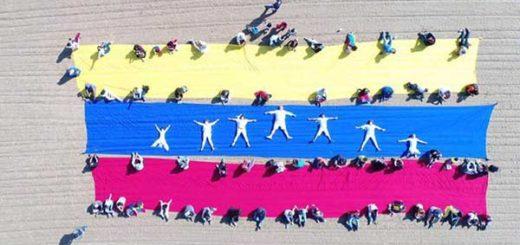 Venezolanos en Chicago   Foto: @jacmibelrosas