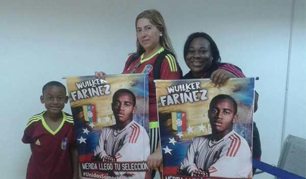 Familiares de Wuilker Fariñez. portero de La Vinotinto Sub 20 | Foto: El Nacional