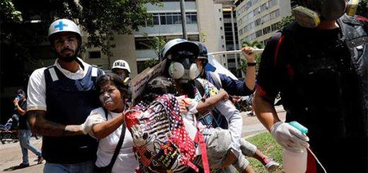Niños del colegio Andrés Bello en Chacao fueron afectados por gases de la GNB | Foto: Reuters