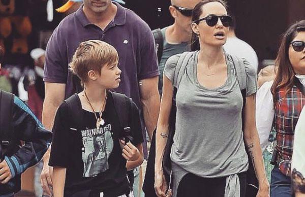 Shiloh Jolie-Pitt, junto a su madre Angelina Jolie | Créditos: @shiloh.jolie.pitt