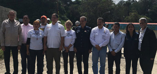 GNB impidió visita de comisión parlamentaria a Leopoldo López | Foto: @gabyarellanoVE