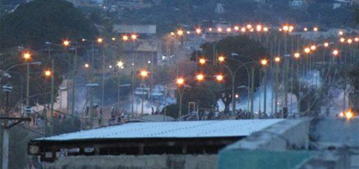 Tensión en Barquisimeto tras noche de represión y saqueos este #29Jun | Foto: Vía Twitter