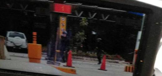 GNB dispara con arma de fuego | Foto: El Nacional