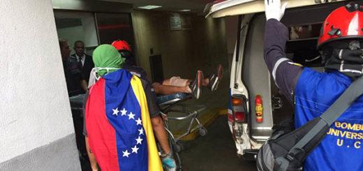 Represión en Caracas de este miércoles dejó más de 100 personas heridas y lesionadas | Foto: Twitter