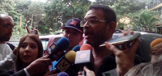 El desgarrador testimonio del padre de Fabián Urbina   Foto: vía Twitter
