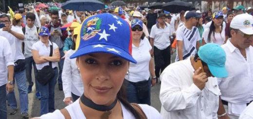 Keysi Sayago durante marcha en apoyo a los Derechos Humanos | Créditos: Instagram