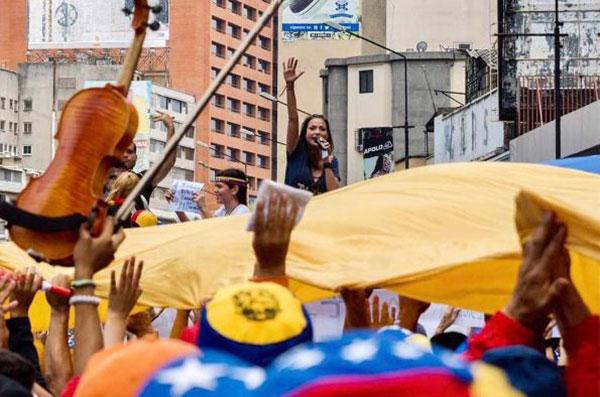 Artistas nacionales e internacionales se unen por Venezuela | Créditos: @caterinavalentino