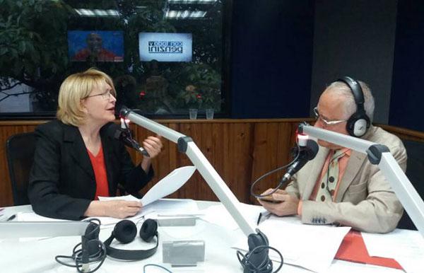 La Fiscal General de la República, Luisa Ortega Díaz, en entrevista radial con el periodista Nelson Bocaranda | Foto: Twitter