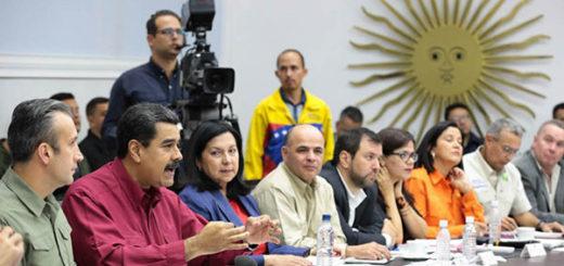 Maduro presidió el Consejo de Ministros celebrado este 21Jun en el Palacio de Miraflores | Foto: @PresidencialVen