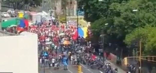 Oficialistas marchan al CNE |Captura de video