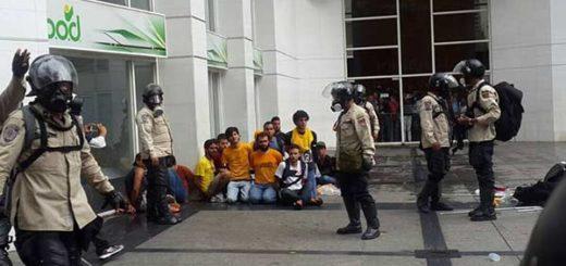 Estudiantes de la USB detenidos en El Rosal | Foto: Twitter