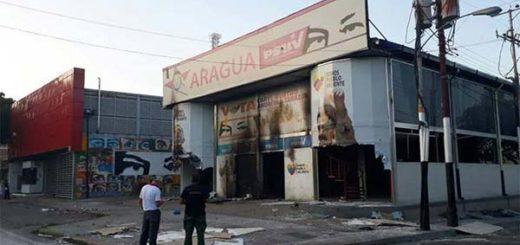 Incendiaron sede del Psuv en Maracay | Foto: Vía Twitter