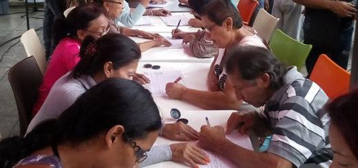 Instalan 21 puntos para recolectar firmas de la Constituyente en Caracas | Foto: @ZulayAguirre