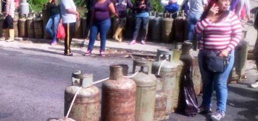 Reportan escasez de gas en |Foto: Twitter