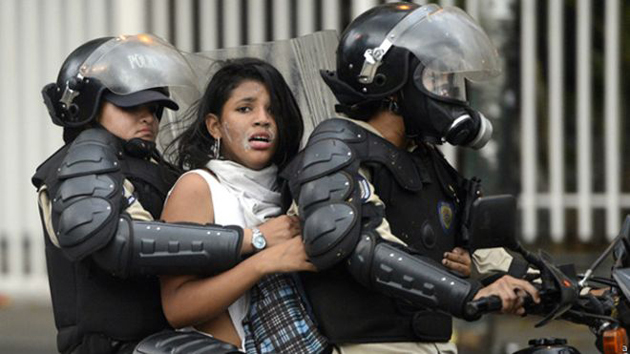 61 detenidos dejó jornada de protestas de este jueves | Foto referencial