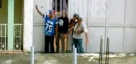 Delincuentes se entragan a las autoridades | Foto: Captura de video