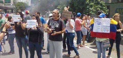 Trancazo en la Francisco Fajardo |Foto: El Nacional