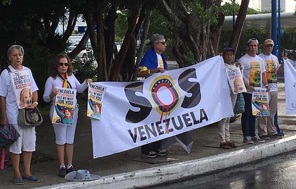 Venezolanos en Cancún | Foto: Twitter