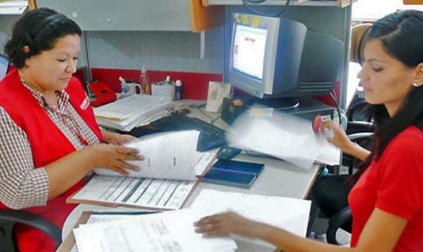 empleados públicos | Foto referencial