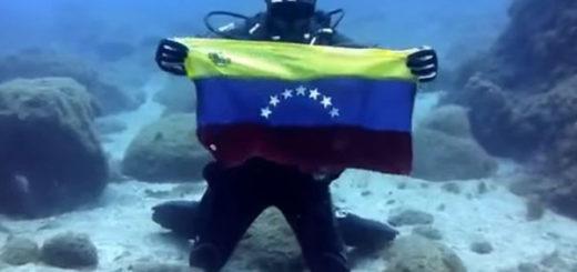 Buzo envía mensaje a Venezuela desde lo profundo del Atlántico | Captura de video