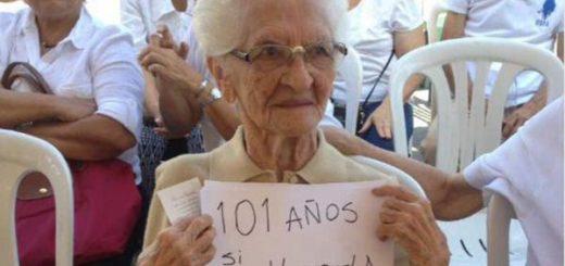 Abuela de 101 años participó en Consulta Popular #16Jul |Foto: Twitter
