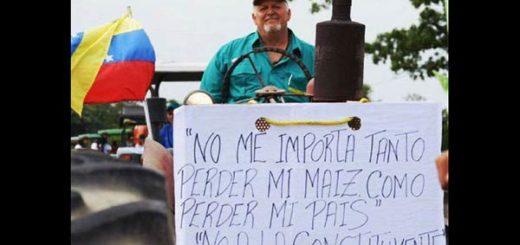 Agricultores y ganaderos protestando |Foto Twitter