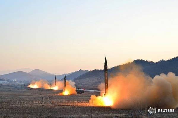 Corea del Norte lanza misiles hacia el mar de Japón |Foto: Reuters