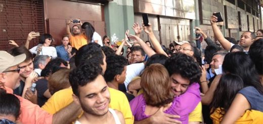Así recibieron a los estudiantes de la USM tras injusta detención   Foto: Vía Twitter
