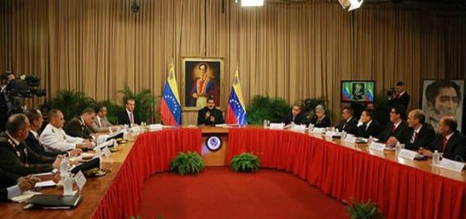 ¡Al descubierto! Error de transmisión dejó en evidencia que cadena de Maduro era grabada   Foto: @Dpresidencia
