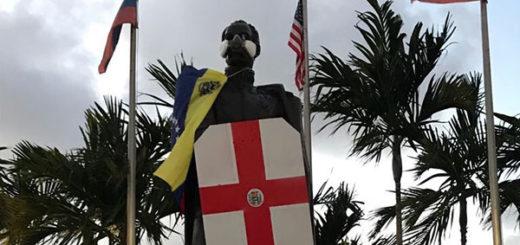 Estatua de Bolívar en Miami amaneció como escudero de la resistencia | Foto: @AlbertoRT51