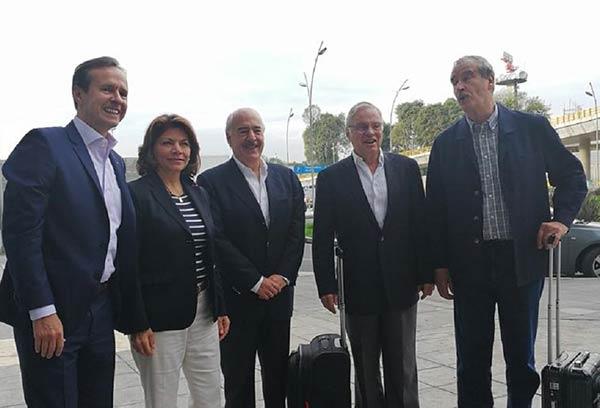 Expresidentes latinoamericanos arribaron al país para el Plebiscito |Foto: Twitter