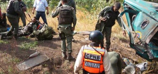 Cinco GNB resultaron heridos en accidente víal en la ARC | Foto: Twitter